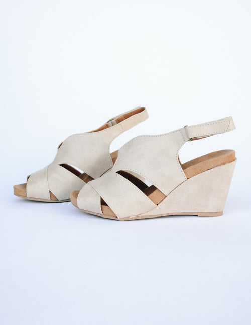 Side view of the another glance wedge with side slits, open toe and open back