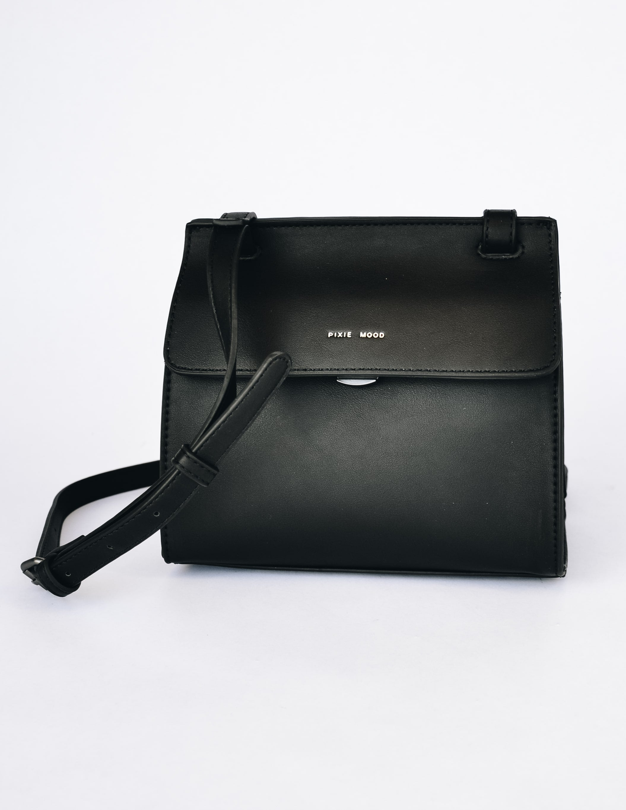 Black pixie mood christy crossbody on white background - elle bleu