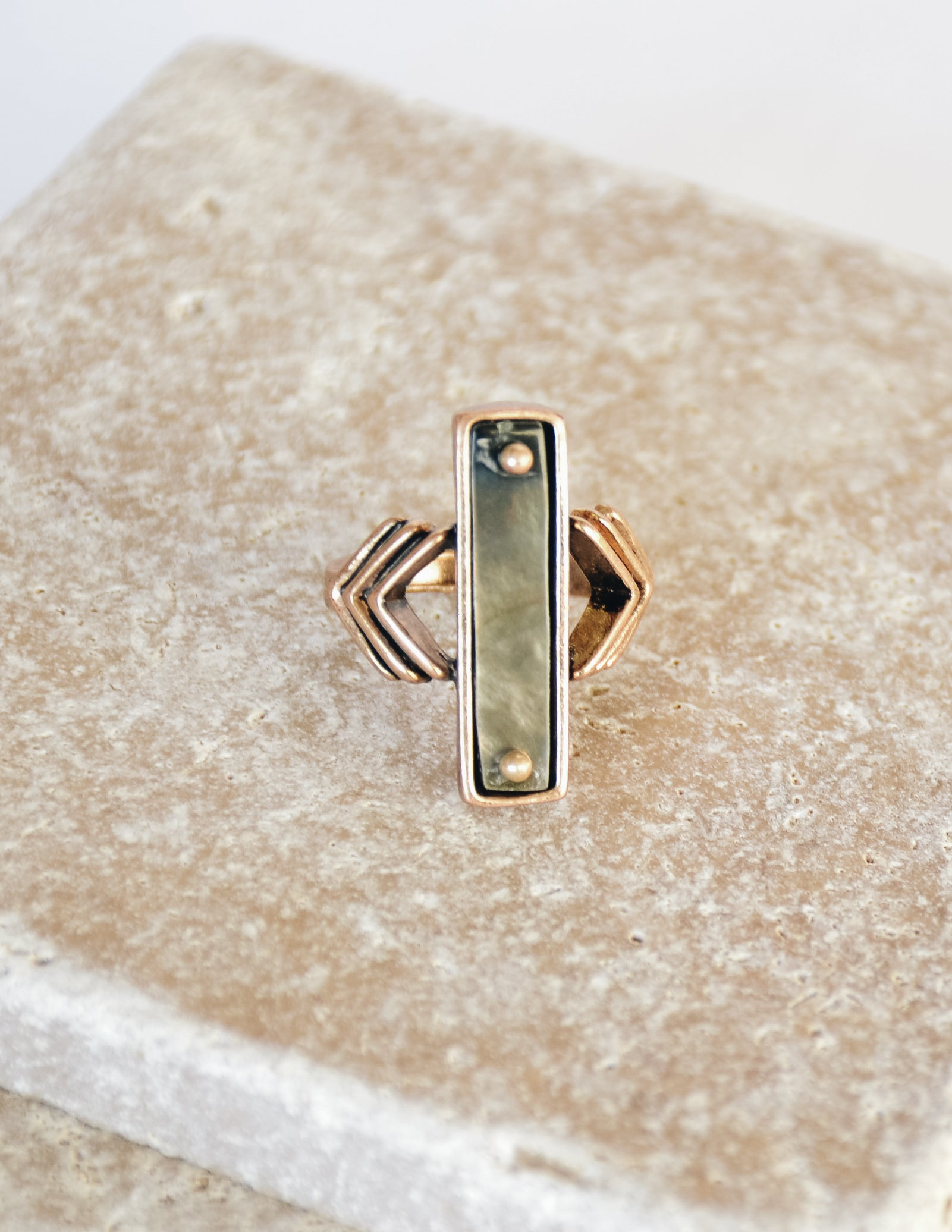 ARROW BAR RING - Gold - Elle Bleu Shoe Boutique