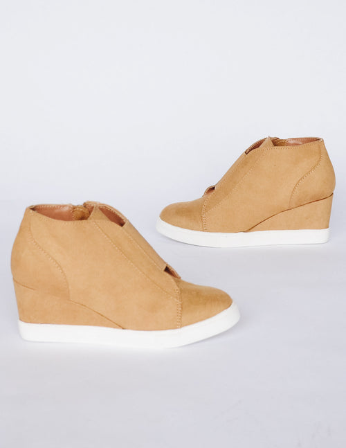POWER PLAYER WEDGE - Chamois Mustard - Elle Bleu Shoe Boutique