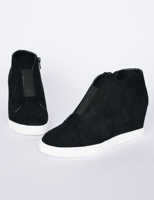 POWER PLAYER WEDGE - Black - Elle Bleu Shoe Boutique