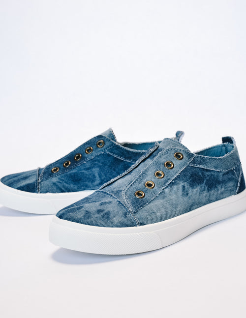 Denim get your sneak on sneaker on white background - elle bleu