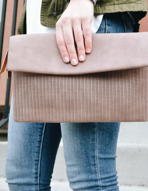 TAYLEN CLUTCH - Blush - Elle Bleu Shoe Boutique