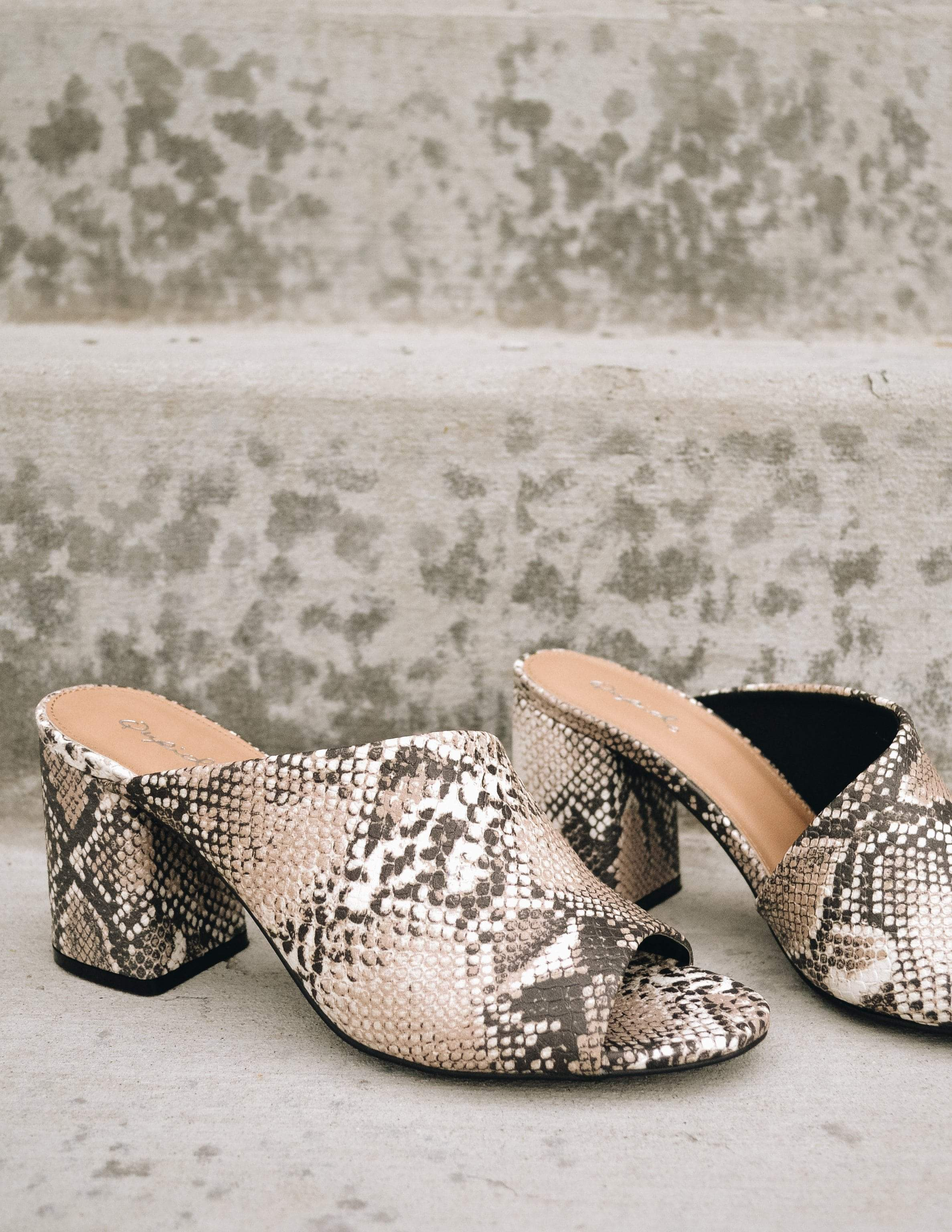 Python print adeline heel with open toe and open back on steps