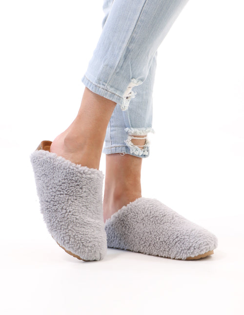 I'm teddy to go clog in grey on model - elle bleu shoes