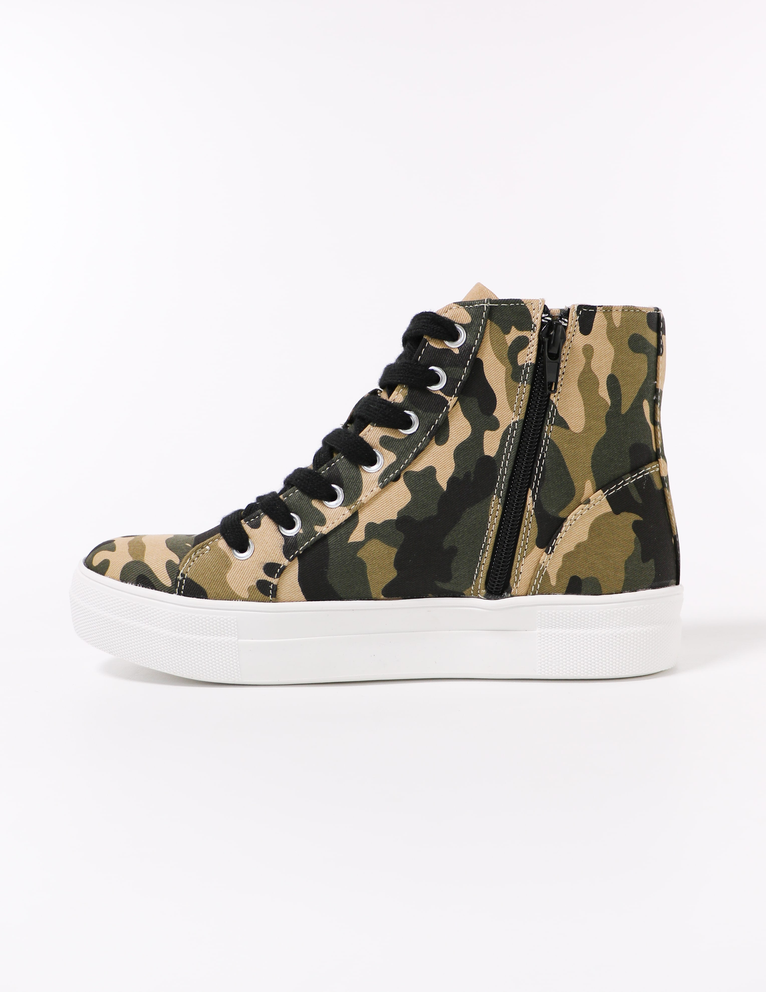 zipper on the camo to top it off high top soda sneaker