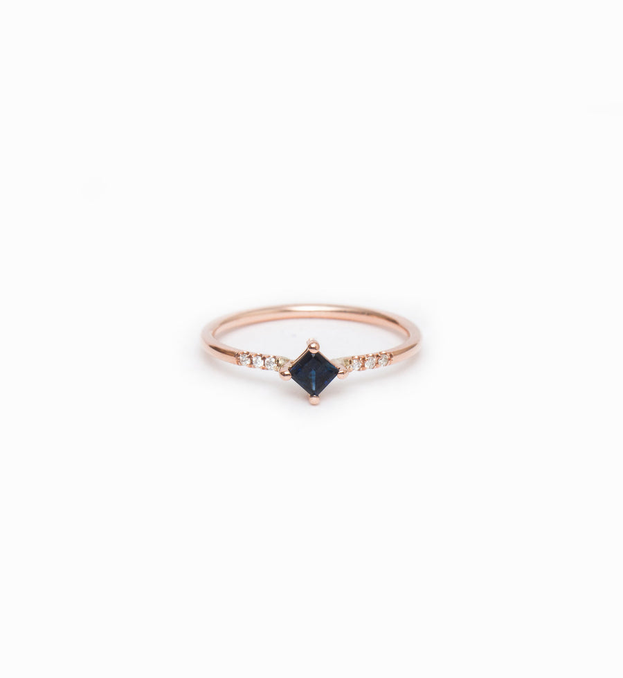 Rose Gold Sapphire Point Equilibrium Ring