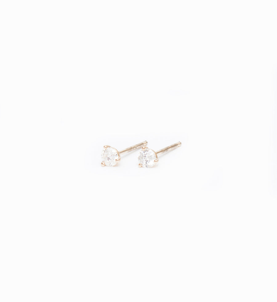 Gold Three-Prong Diamond Studs