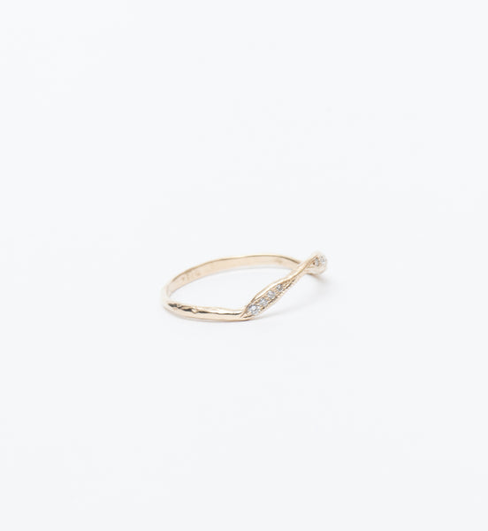 Lava Ribbon Ring