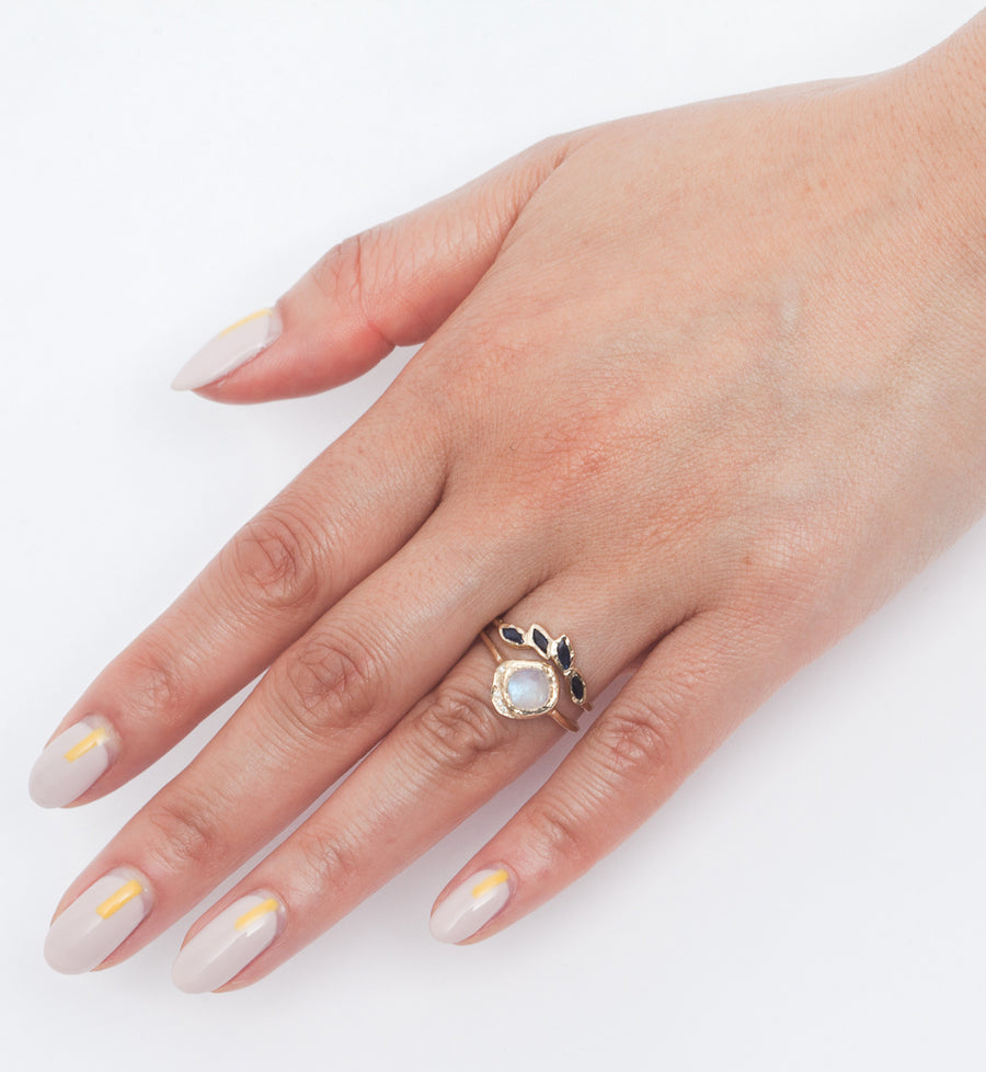 Mini Cove Moonstone Ring