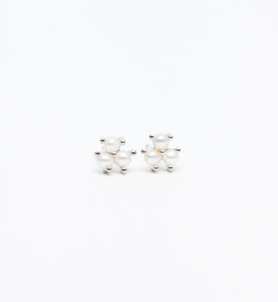 Emma Bloom Pearl Studs