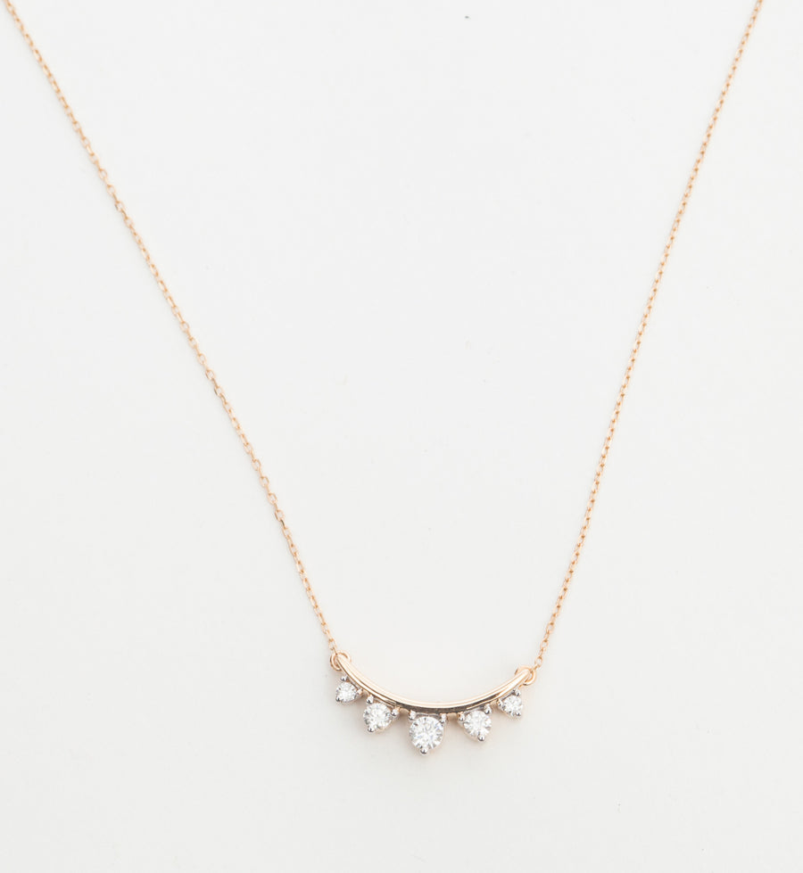Five Diamond Amigos Curve Necklace