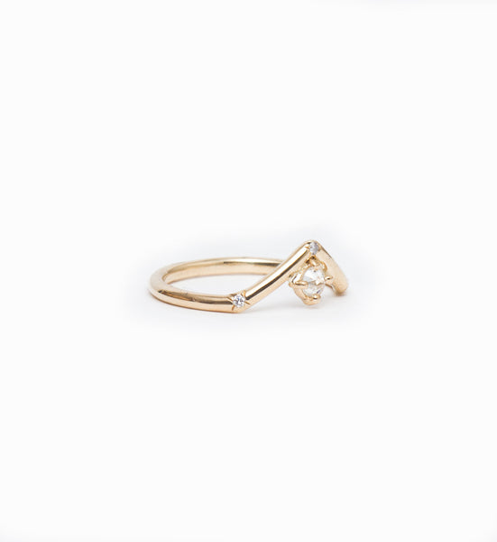 Mini Peak Ring with Reverse Set Diamond: Angle
