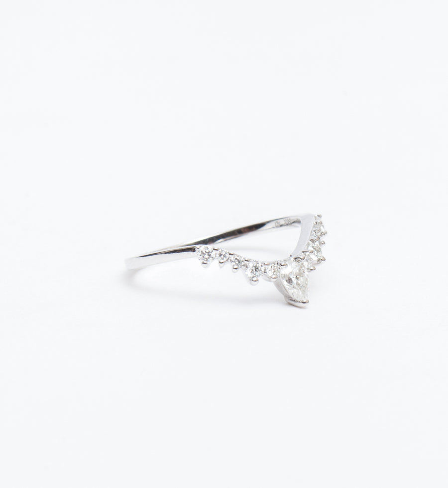 White Diamond Pear Celestine Band