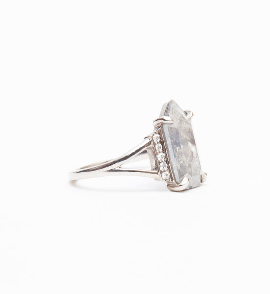 Geometric Grey Diamond Koko Ring