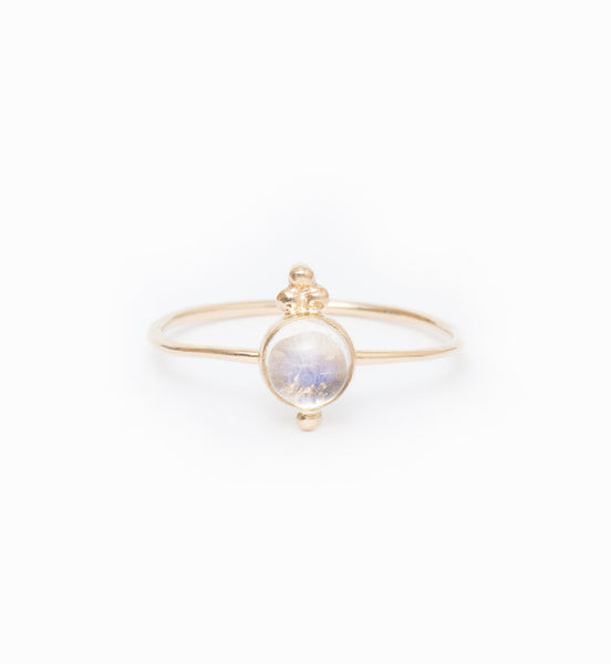 Luna Moonstone Ring: Front