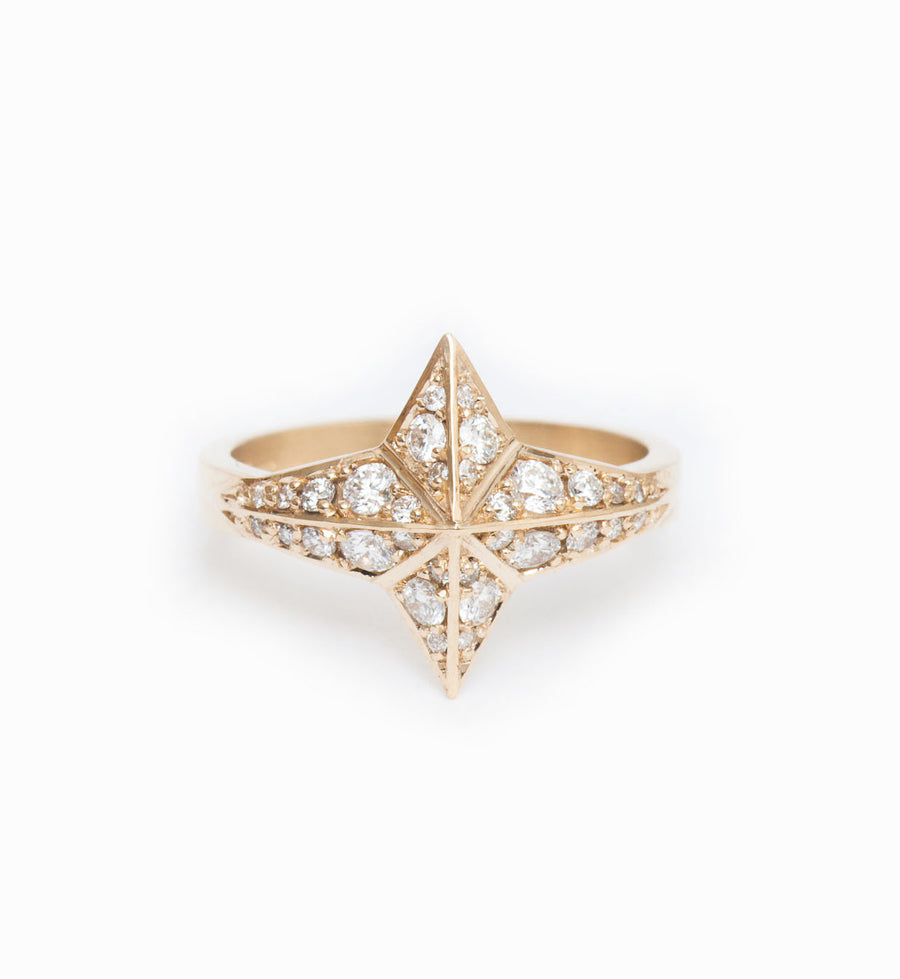 Diamond Pavé Star Ring: Front