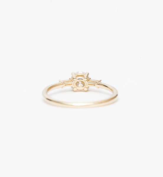 Diamond Melody Baguette Equilibrium Ring
