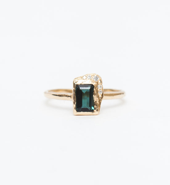 Reflection North-South Green Tourmaline Ring