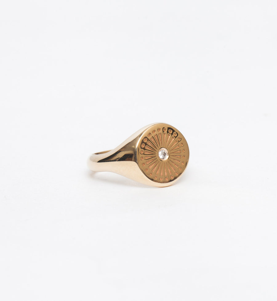 Sunbeam Engraved Signet Ring