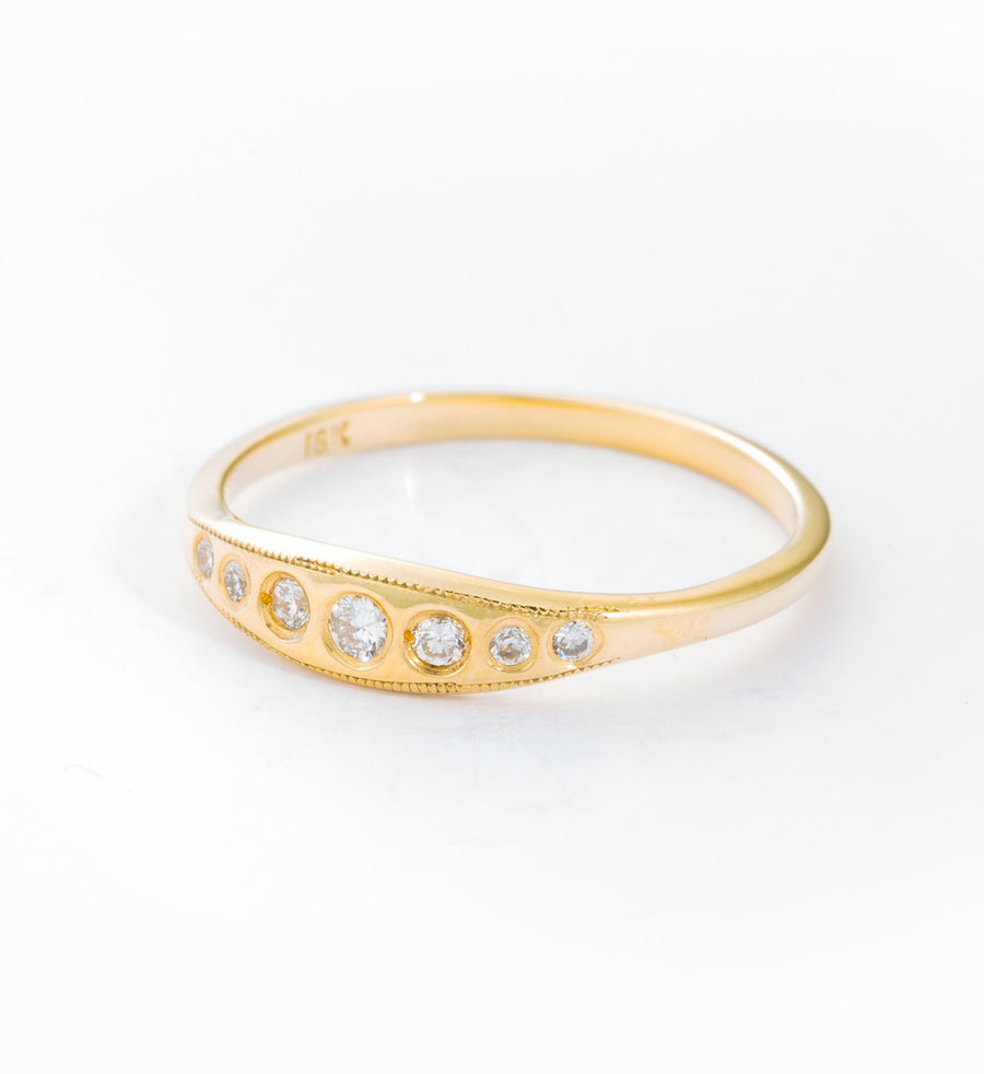 Milly Diamond Ring: Angle