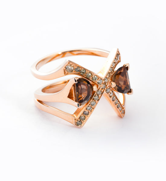 Rose Gold Visible Crescent Ring Set: Angle