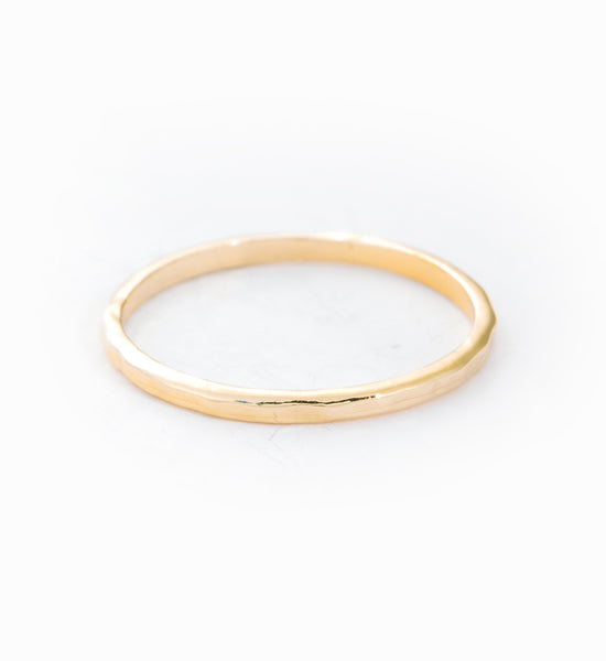 Gold Round Hammered Band