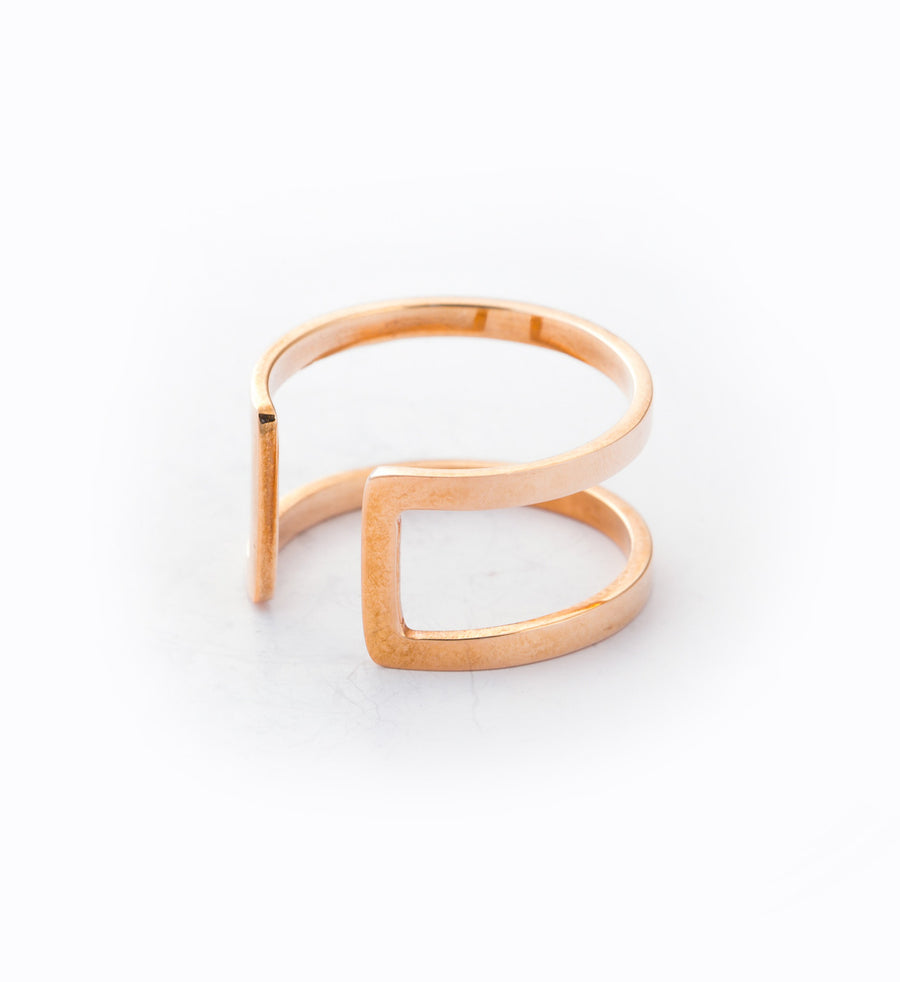 Rose Gold Cage Ring: Angle