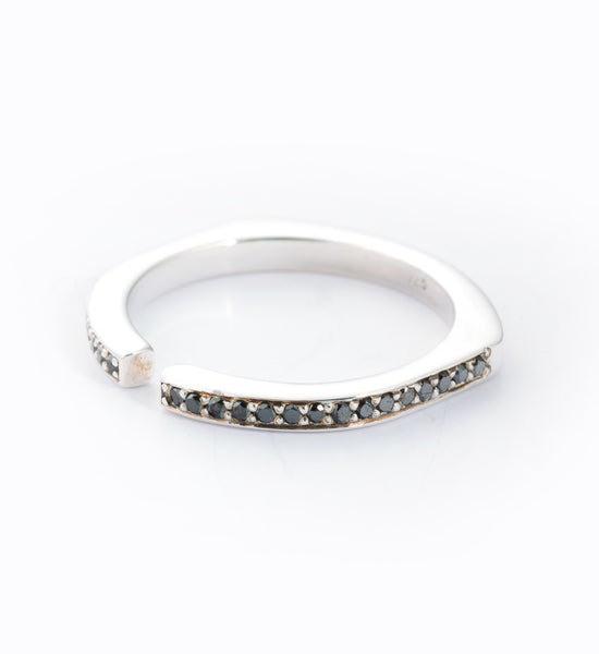 Black Diamond Pavé Split Ring: Angle