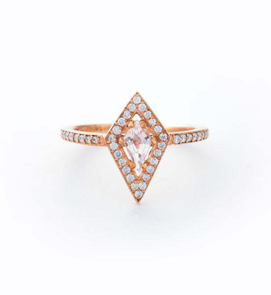 Kite Engagement Ring: Front