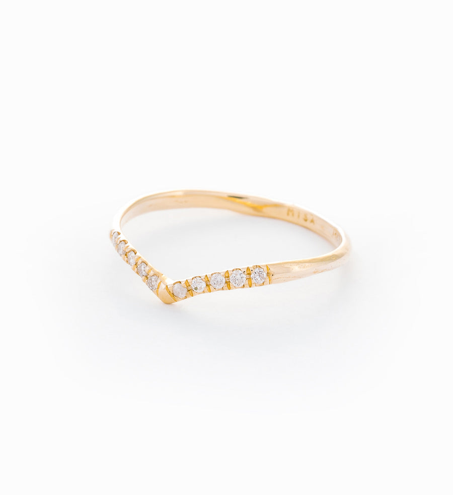 Mini Beak Diamond Ring: Angle
