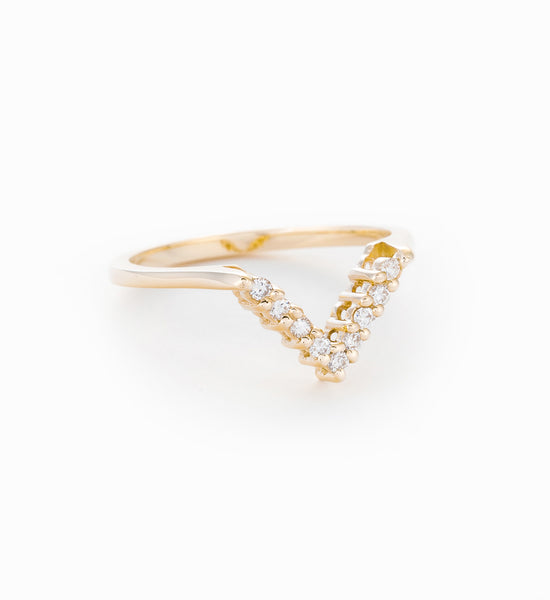 White Diamond Chevron Band: Angle