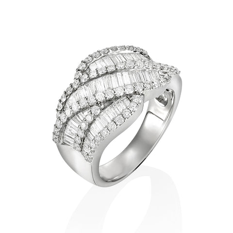 18KW Cross over Diamond Ring #219