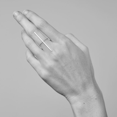 SILVER T-BAR RING