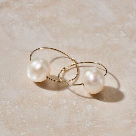 OVAL LUNA PEARL & DIAMOND THREADER