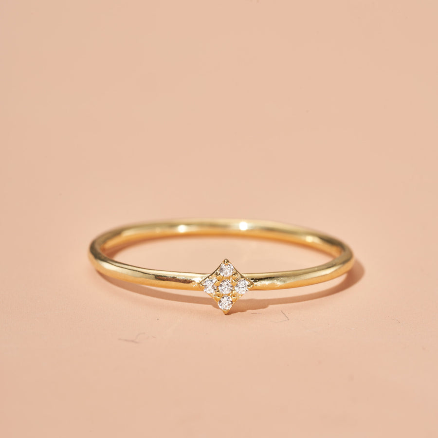 SOLO SHIMMERING STAR RING