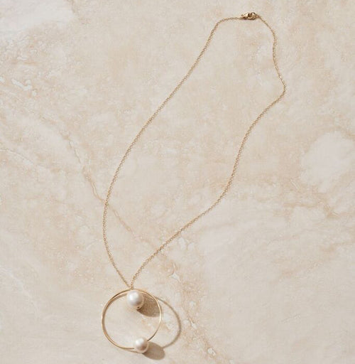 "ERTH LUNA ""REFLECT"" PEARL NECKLACE"