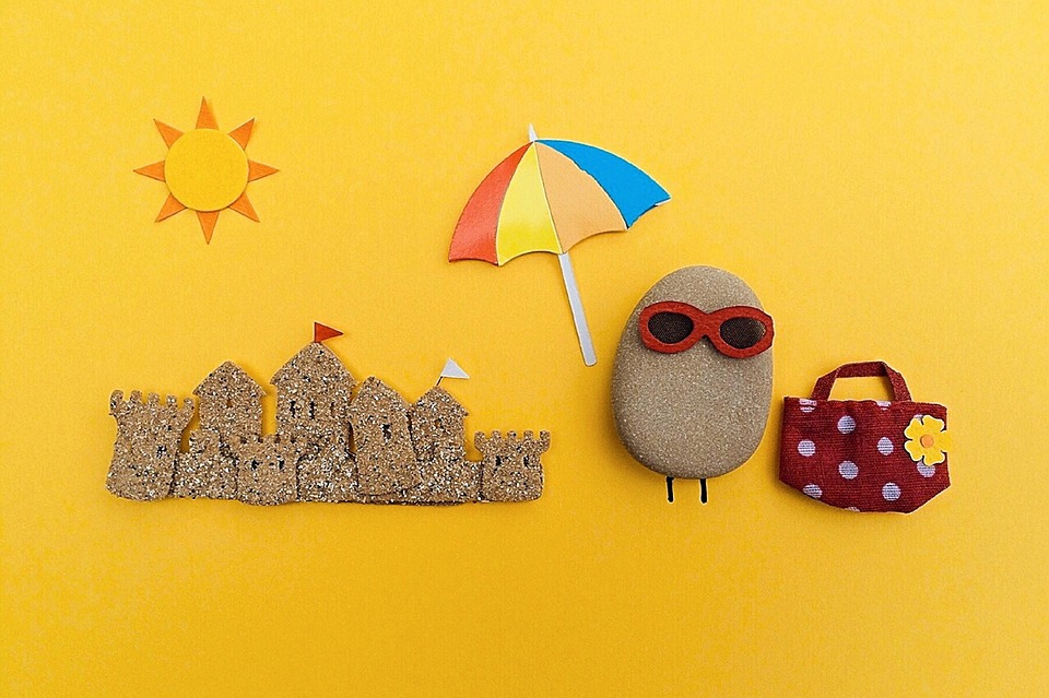5 Fun DIYs to Try with your Kids this Summer
