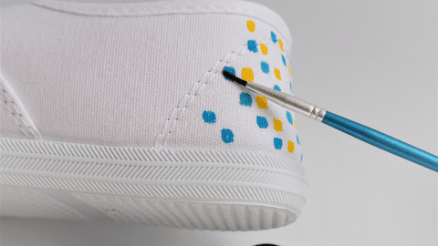 DIY Shoe Painting