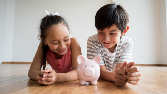 Why kids should use piggy banks