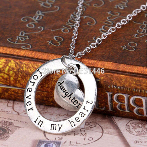 Christmas Day Gift Hollow Circle Pendant Silver Plated Chain Necklace Stamped Grandma Forever In My Heart Collier Femme Jewelry