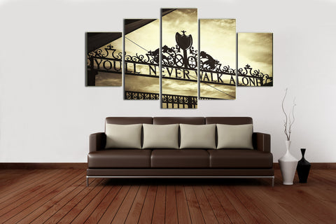 Hd Printed Shankly Gates Liverpool - Sports 5 Pieces Canvas
