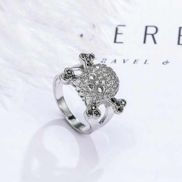 "925 Sterling Silver ""Skull & Crossbones"" Ring - Blown Biker - 6"