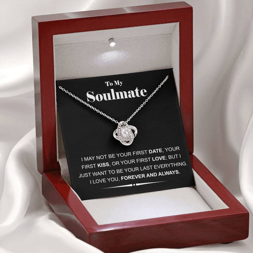 "14k White Gold ""Soulmate"" Luxury Love Knot Necklace Gift Set"