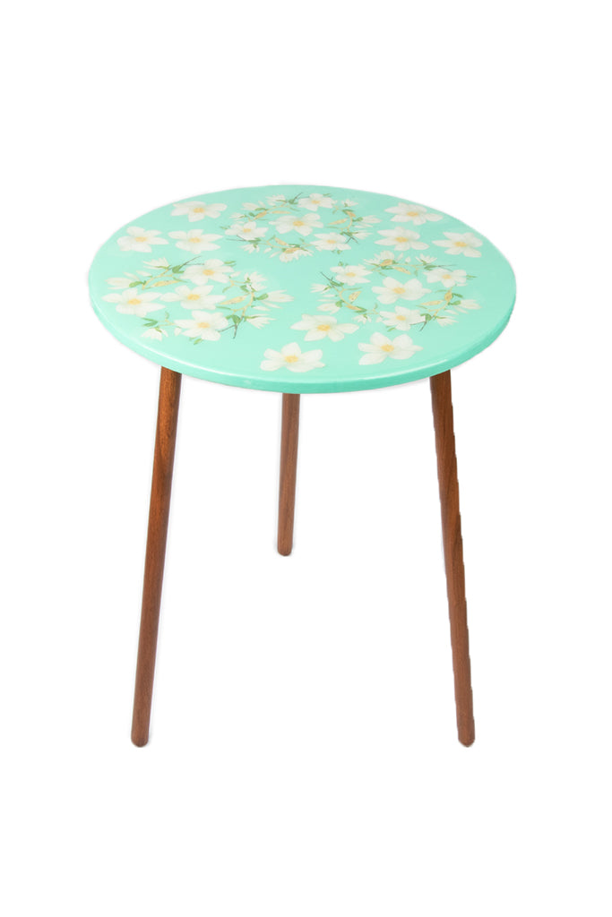 The Amanda Table: Magnolia