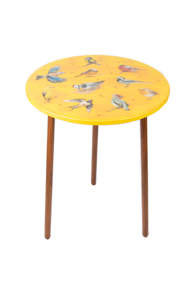 The Amanda Table: Vintage Birds