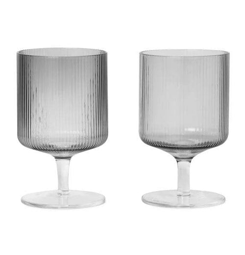 Ferm Living Ripple Wine Glasses – Set of 2 – Smoked
