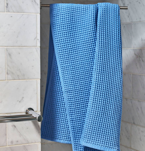 HAY Giant Waffle Guest Towel – Sky Blue