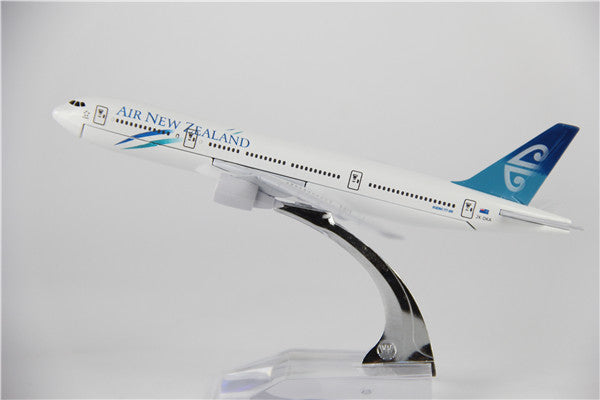 Air New Zealand Boeing 777 Airplane Model (16CM)