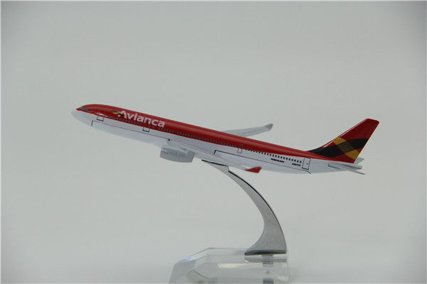 Avianca A330 Airplane Model (16CM)